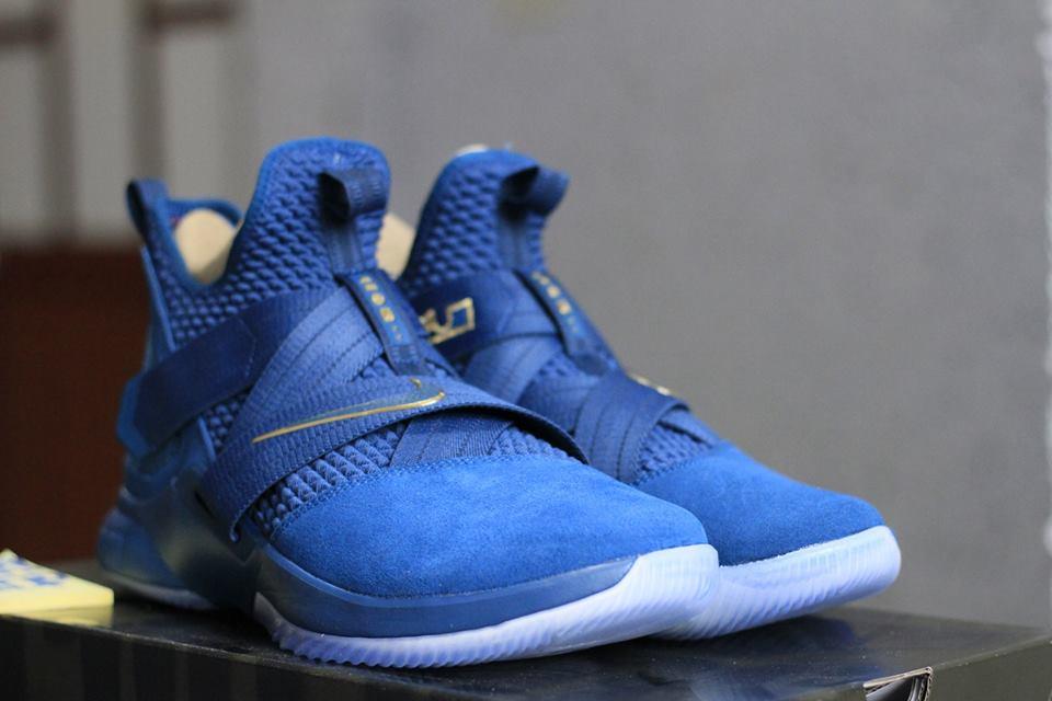 giày bóng rổ Nike Lebron soldier 12