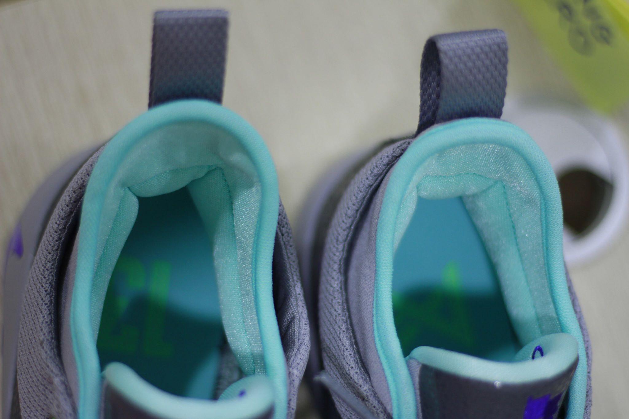 Nike PG 2 pure platinum ankle