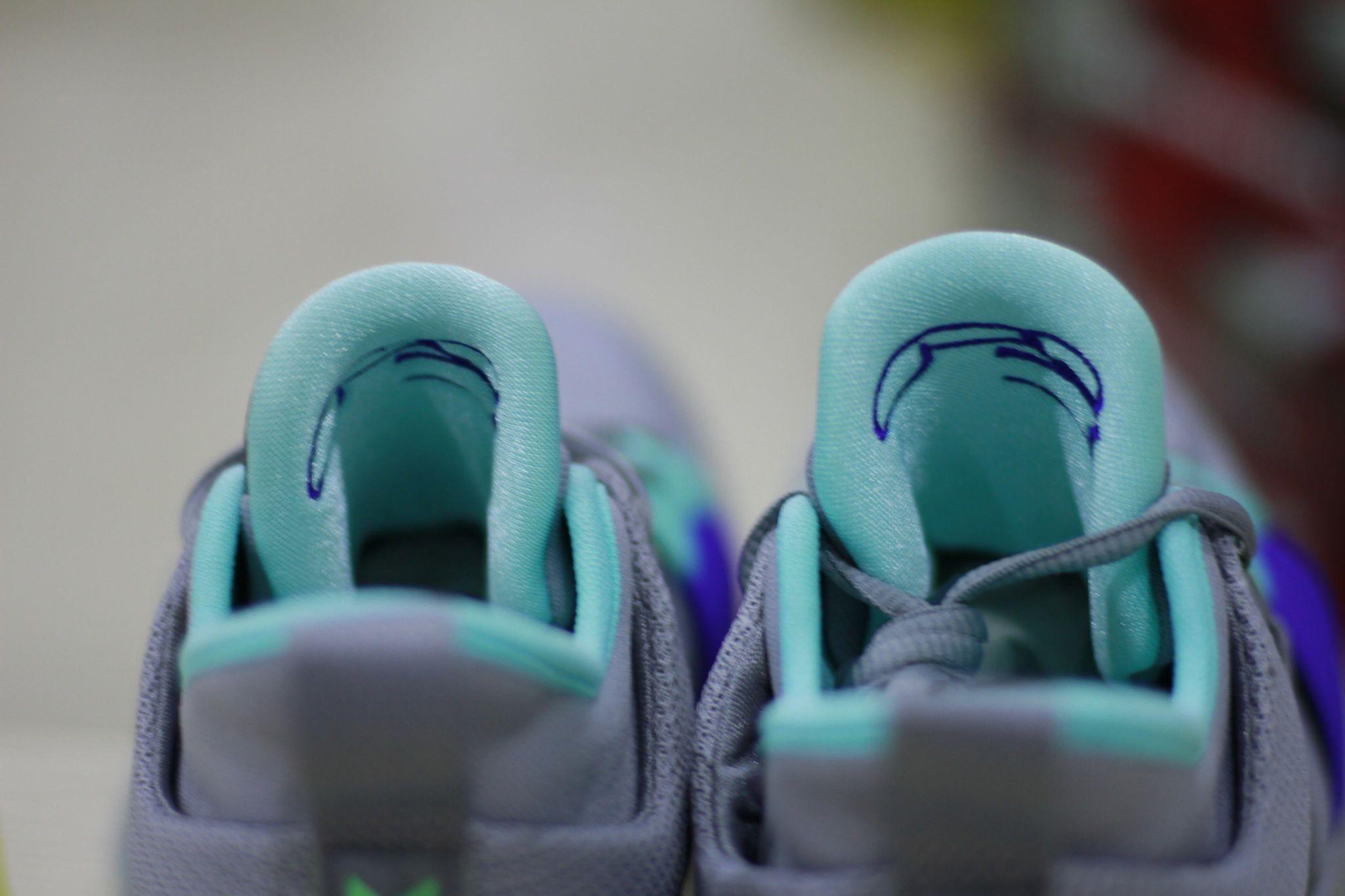 Nike PG 2 pure platinum tongue