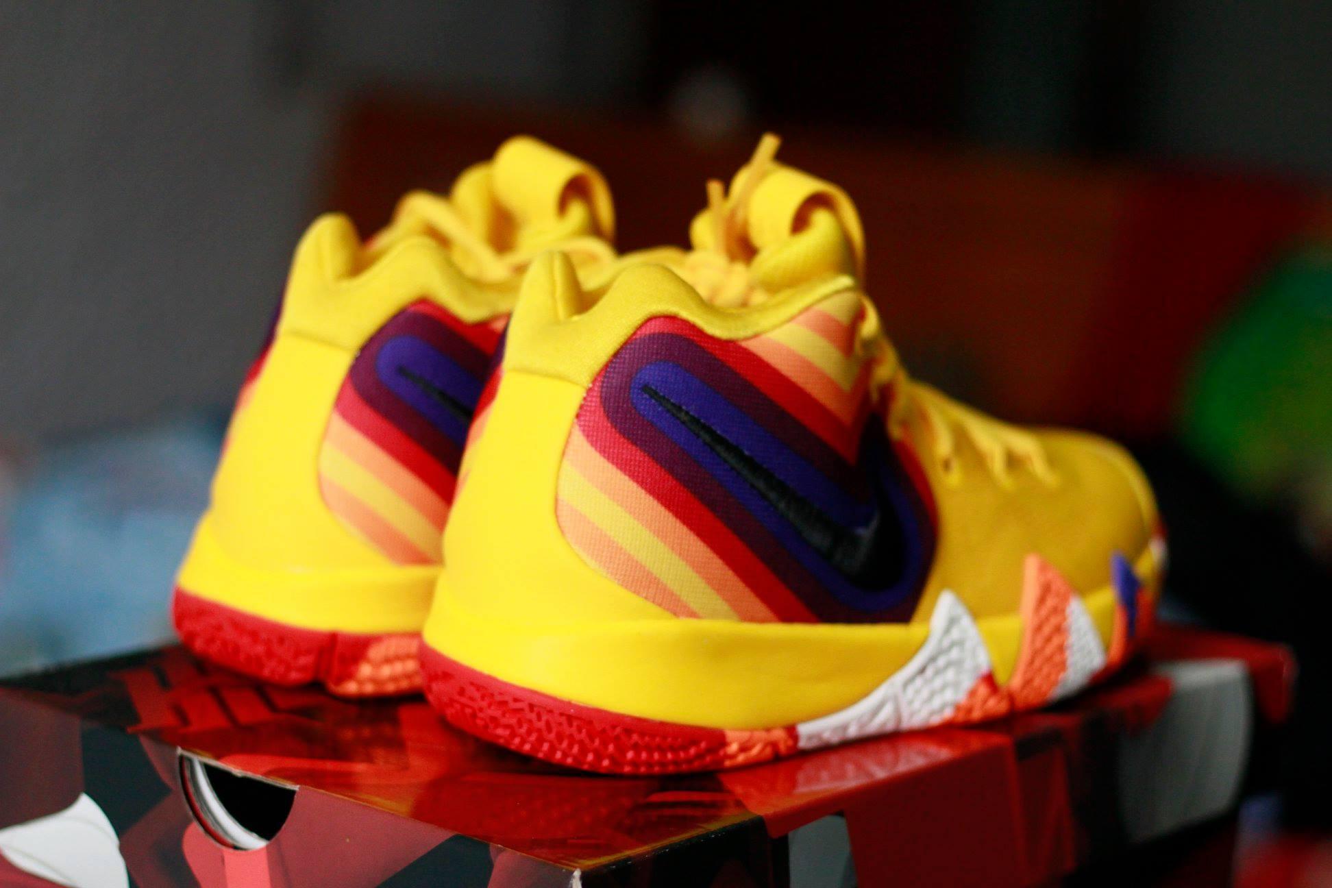 Nike Kyrie 4 70s gáy